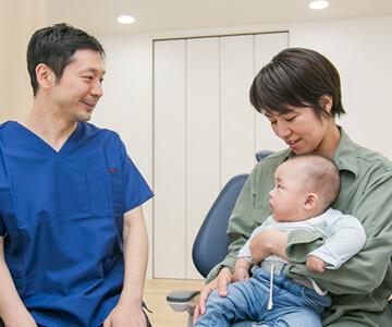 診察の際、お子さんを連れてきていただけます。